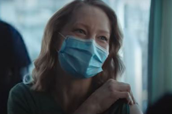 Article image for WATCH   Qantas tugs at the heartstrings with emotional vaccination ad